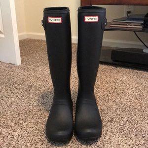 BN Tall Matte Black Hunter Boots - never worn!